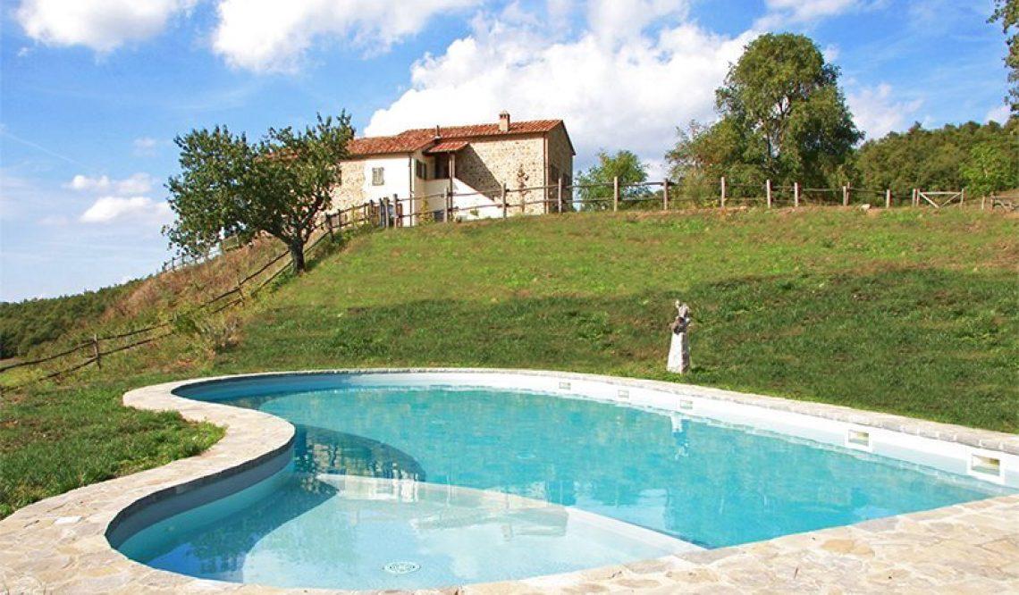 Great Estate Group vende un bellissimo casale a San Casciano dei Bagni. Intervista a Elisa Biglia per la vendita di un casale in Toscana