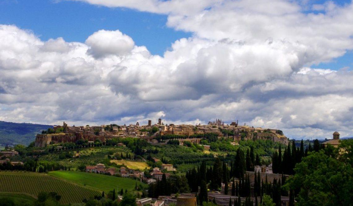 Vivere sospesi sopra Una Rupe di Tufo: vi presentiamo Orvieto