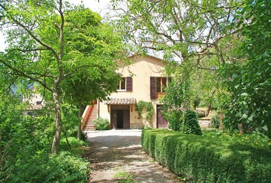 Great Estate sells a beautiful farmhouse in Cetona