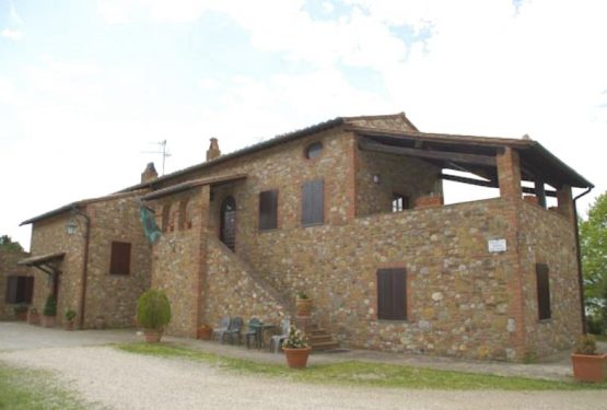Interview with Renato Nannotti the owner of a luxury farmhouse for sale in Umbria