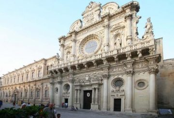 Church of the Holy Cross in Lecce fine Baroque example