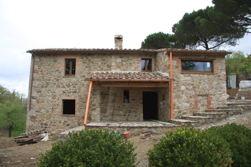The works at the farmhouse in Tuscany