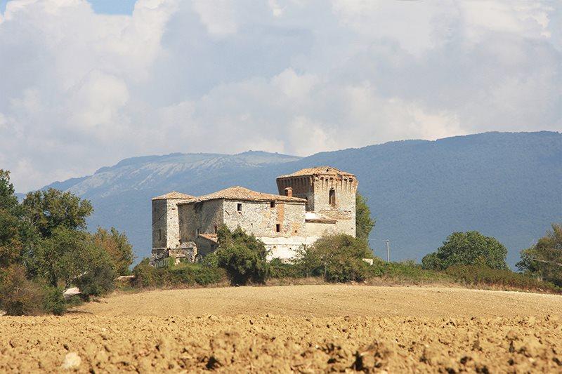 Un castello da sogno. Chiara Pompili racconta una nuova importante vendita