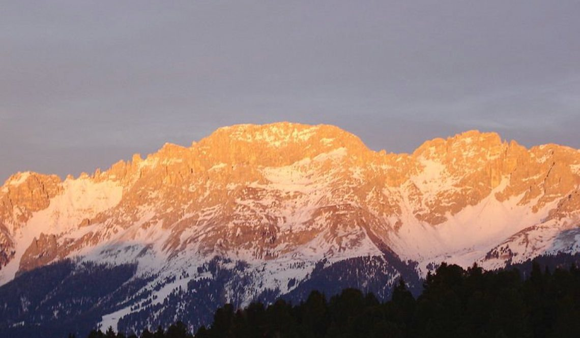 WHY ARE THE DOLOMITES PINK The Fascinating Phenomenon of Enrosadira