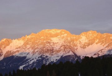 Why are the Dolomites pink? The Fascinating Phenomenon of Enrosadira