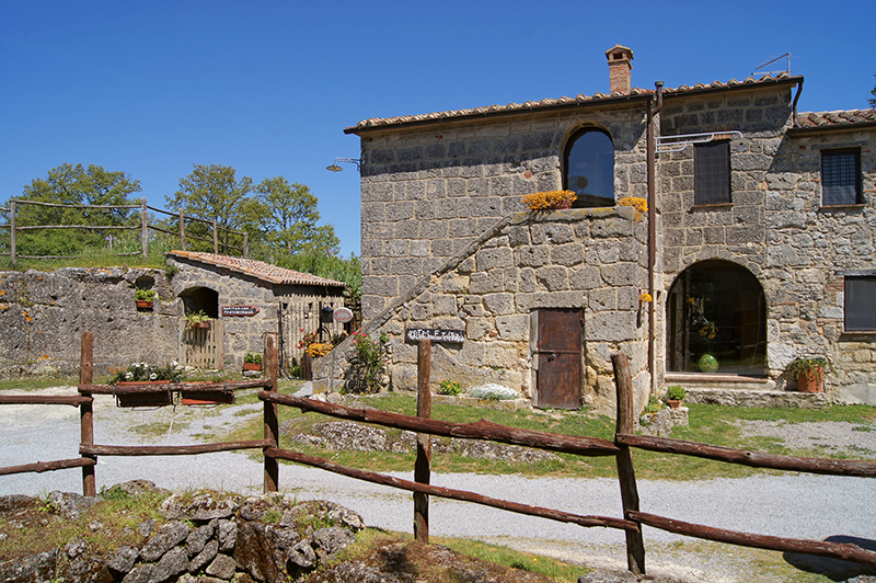 Selling a farmhouse in Sarteano in Tuscany