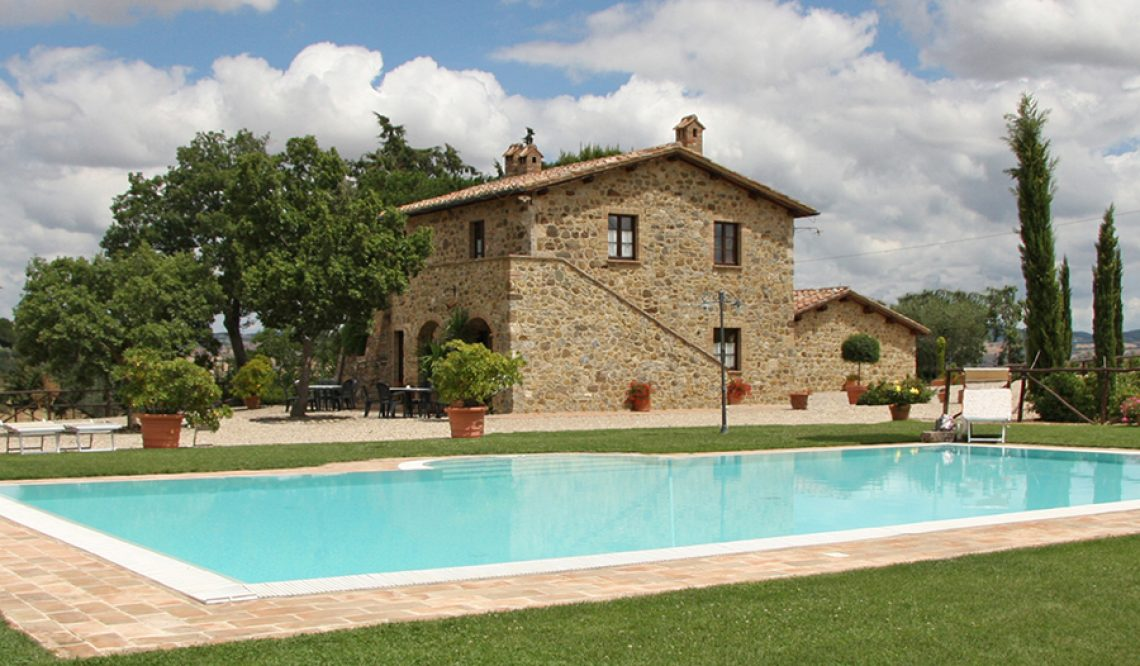 The real estate market in Val d'Orcia