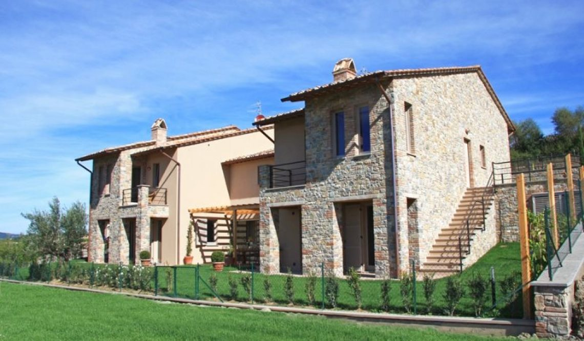 Selling a newly built villa to Russian clients in San Casciano dei Bagni, Tuscany