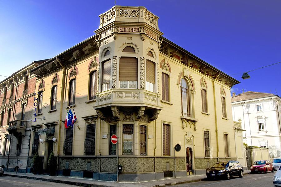 """""""Palazzetto del Giglio"""" una residenza di prestigio nel cuore di Torino, nel quartiere storico cit-turin"""
