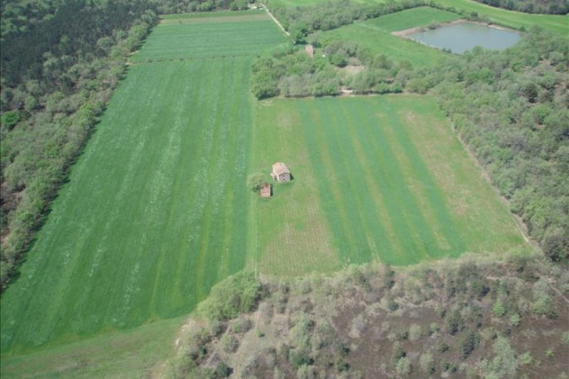 Farm sold in Castiglione del Lago for € 1.100.000,00 - January 2015