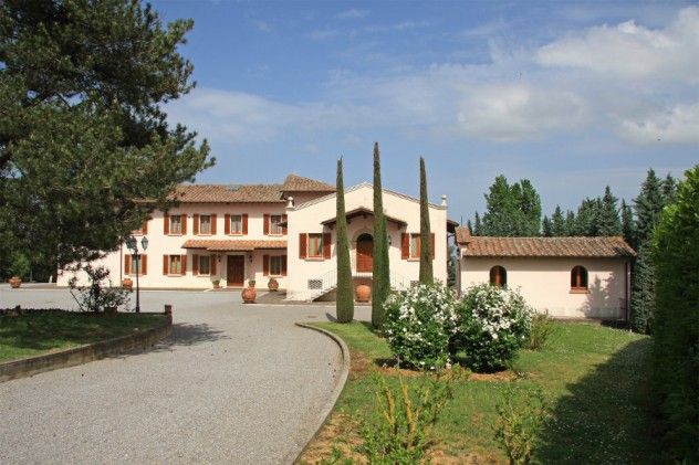 Villa sold in Chianciano for € 2.300.000,00 – vpge1743 – 11 March 2015