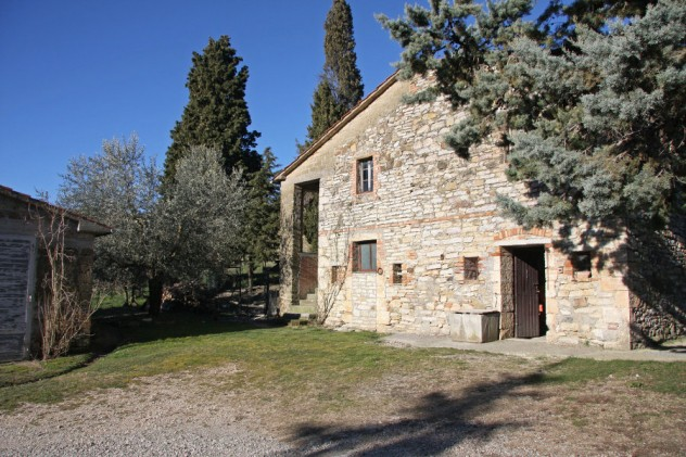 Farmhouse sold in San Casciano dei Bagni for € 145.000,00 – cpge1070 – 14 April 2015