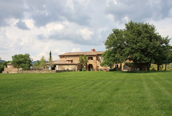 The Great Estate Group's northern  tuscany property search for german clients searching and finding prestigious properties that clients want is an essential part of any real estate agency.