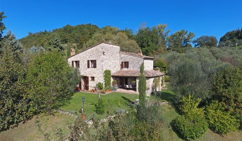 "The photo of "" Casale Buonumore ""situated in the countryside of Cetona and offered for sale by the Great Estate Group"