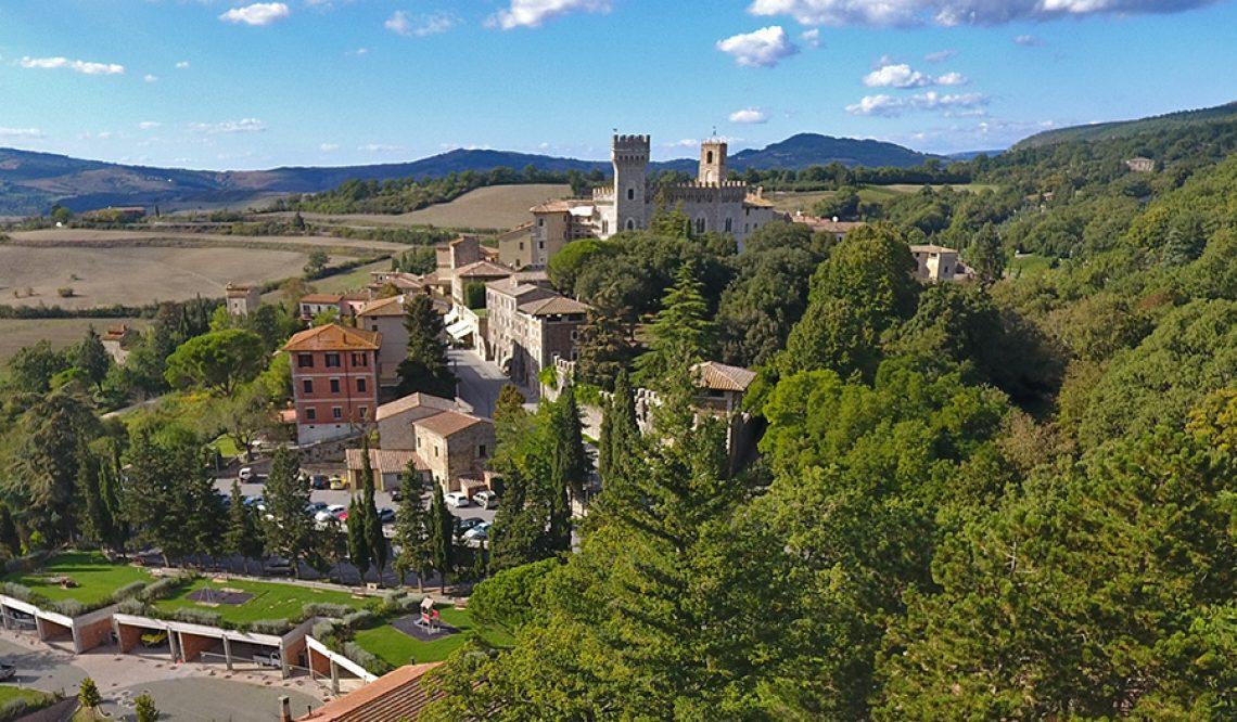 La Magnifica San Casciano Dei Bagni: storia, natura e…. bellissimi casali