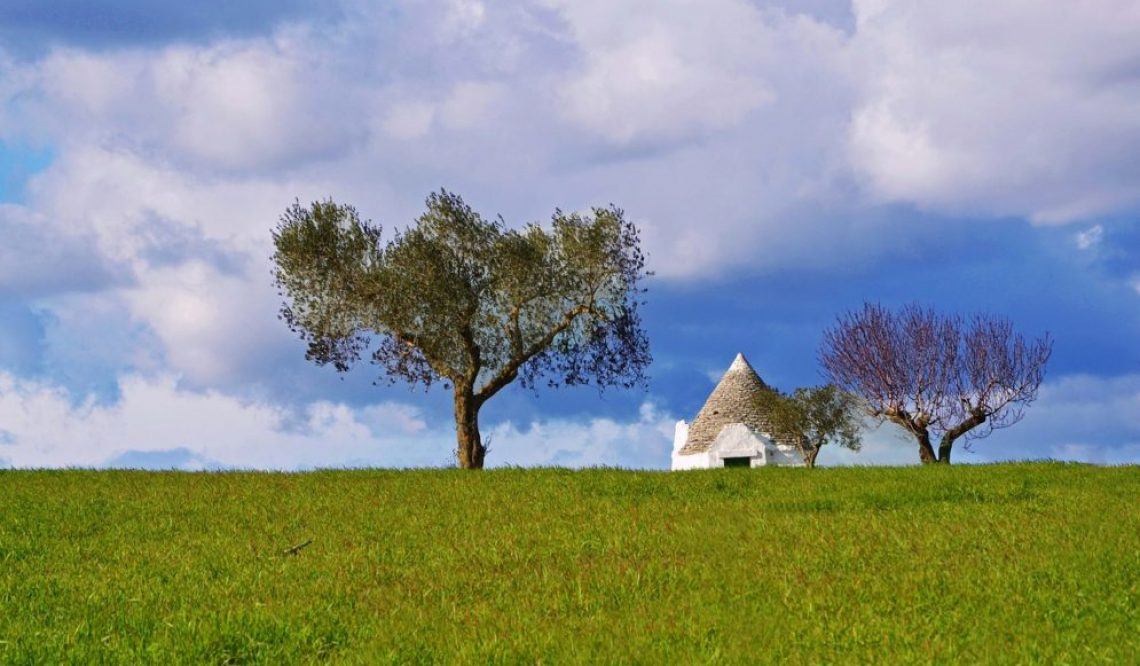 Apulia: the Itria Valley extraordinary beauties