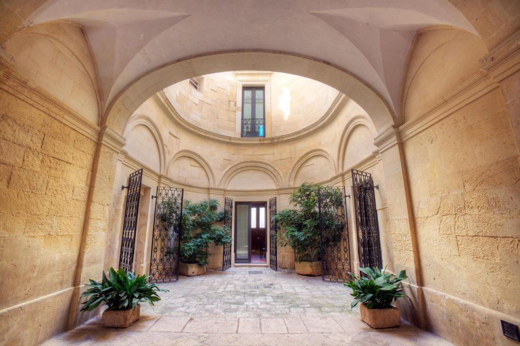 Le straordinarie bellezze della Valle d' Itria in Puglia