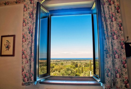An opened window on the light blue sea of Tuscany, Casale Bellevue