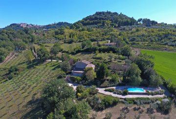 """""""Casale San Giorgio"""" sale: the interview to our real estate consultant Carla Caselli"""