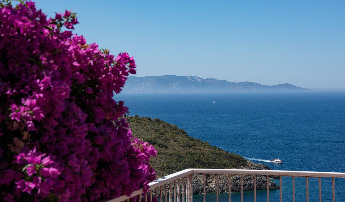 Lo spettacolo dell'azzurro mare dell'Argentario: Villa Vista Giglio