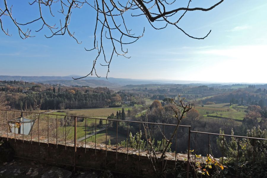 "Cetona, March 2018; another success signed Great Estate: ""The Garden View"" sale"
