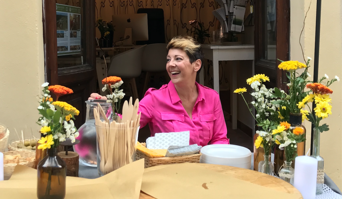 A glowing summer for the real estate agent Ilaria Peparaio thanks two very important sales in Umbria