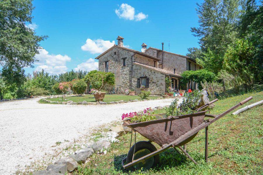 San Bartolomeo: un grazioso casale in Umbria
