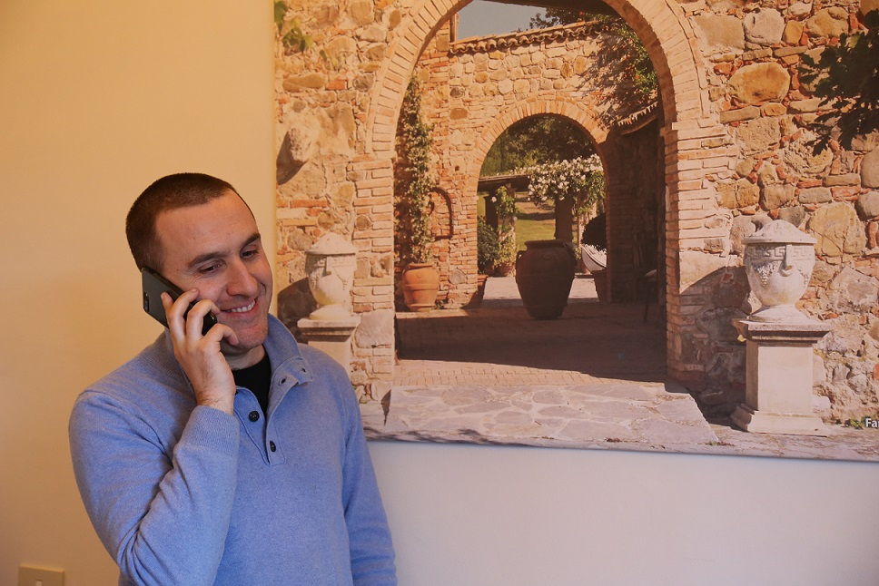 """La mia esperienza con gli acquirenti internazionali di """"Villa Brencia"""": il consulente Roberto Biggera"""