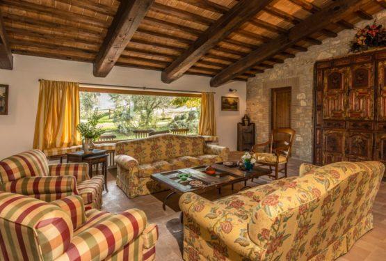 """Great Estate sigla a Napoli una straordinaria vendita: """"Podere Del Poggio"""""""