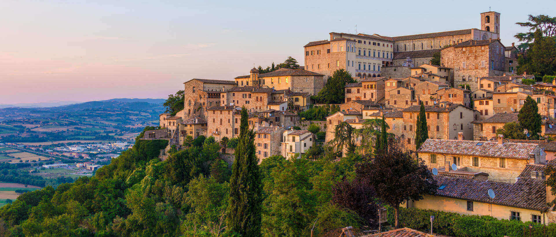 Welcome in Todi: history, modernity and… prestigious properties signed Great Estate