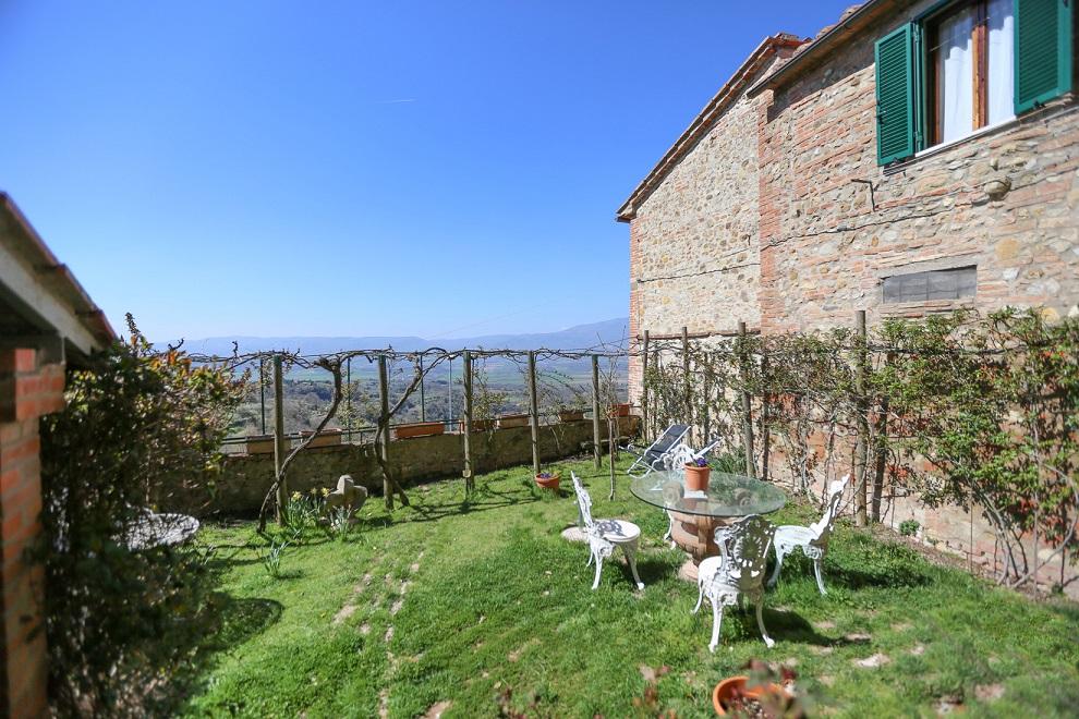 Questa immagine ha l'attributo alt vuoto; il nome del file è vendesi-appartamento-in-centro-storico-in-umbria-perugia-città-della-pieve-15234357441066.jpg