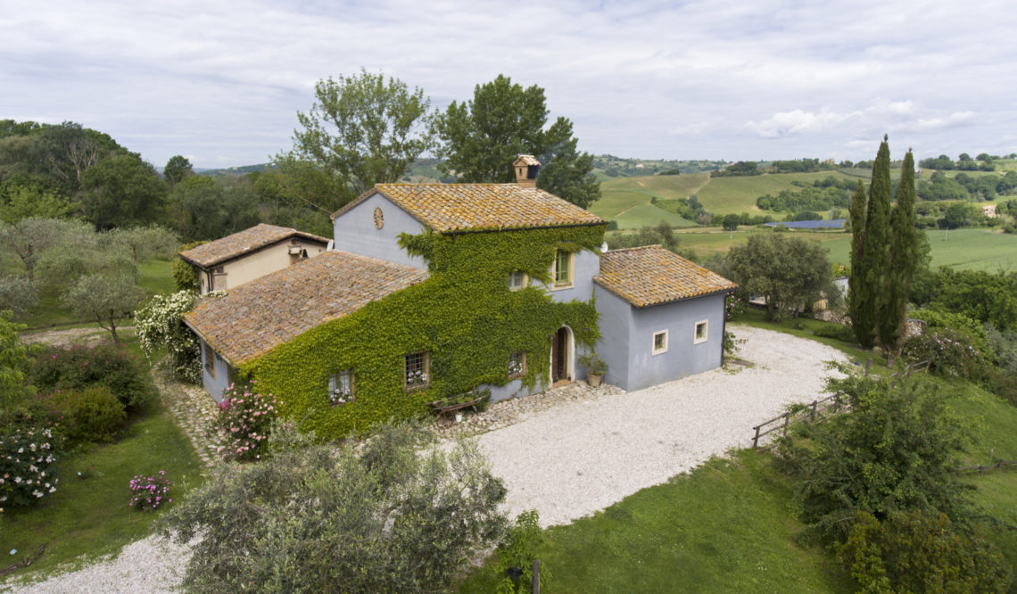 Podere Monteverde: the beauty of nature and colours