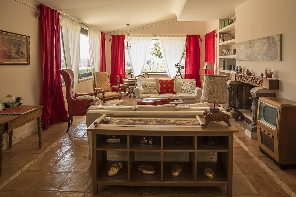Questa immagine ha l'attributo alt vuoto; il nome del file è vendesi-villa-di-prestigio-in-toscana-siena-cetona-148251043141-1.jpg