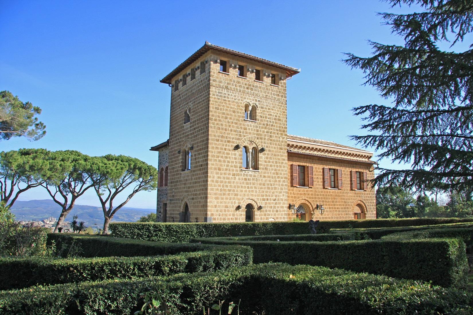 vendesi-villa-di-prestigio-in-umbria-terni-porano-14917346707567