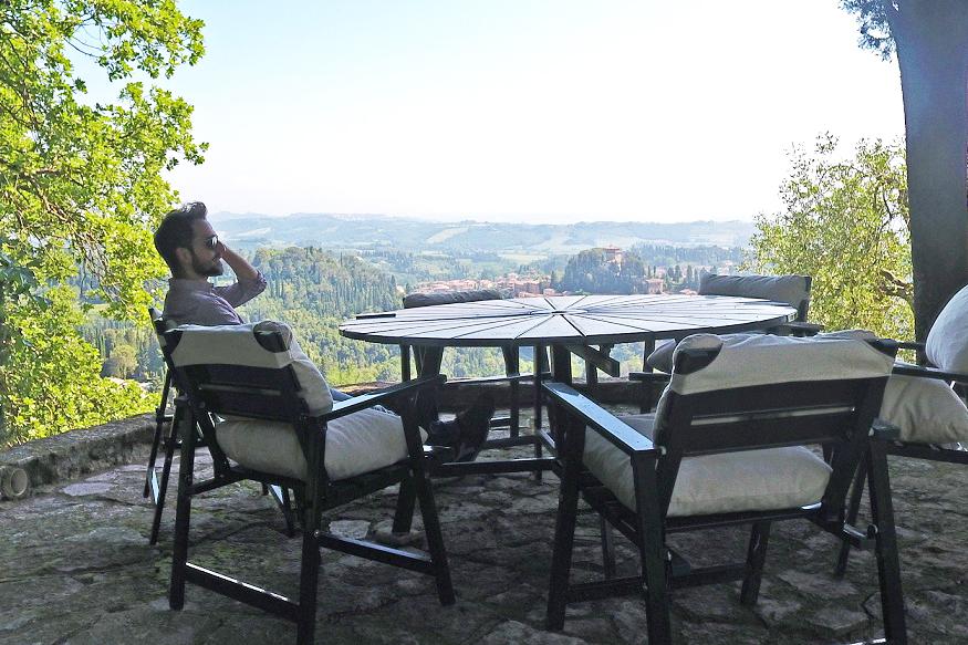 "The sale of ""La Loggia Pievese"" according… to Giacomo Buonavita!"