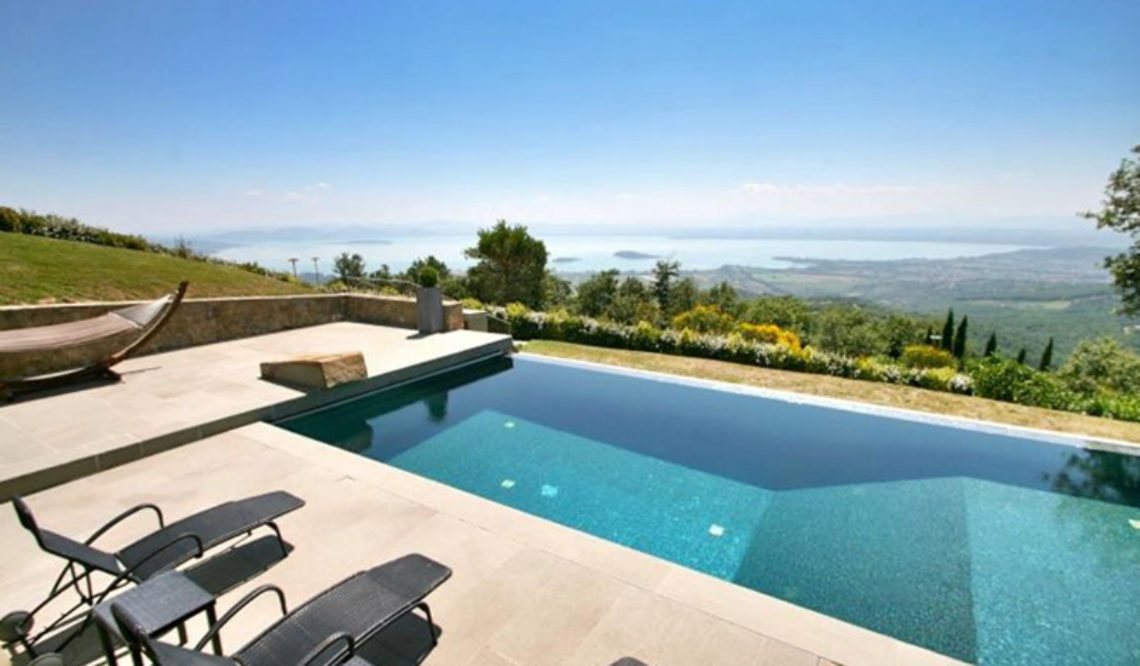 "The sale of ""Villa Smeraldo"": our interview to Mrs. Dorthe"