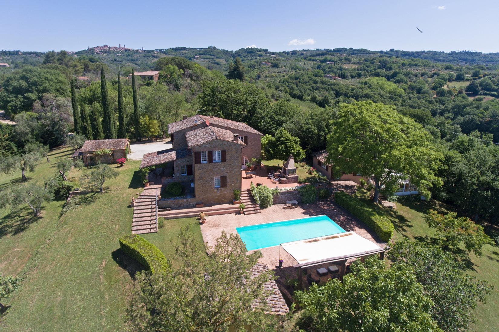 Questa immagine ha l'attributo alt vuoto; il nome del file è vendesi-rustico-casale-in-umbria-perugia-citta-della-pieve-1590766090246.jpg