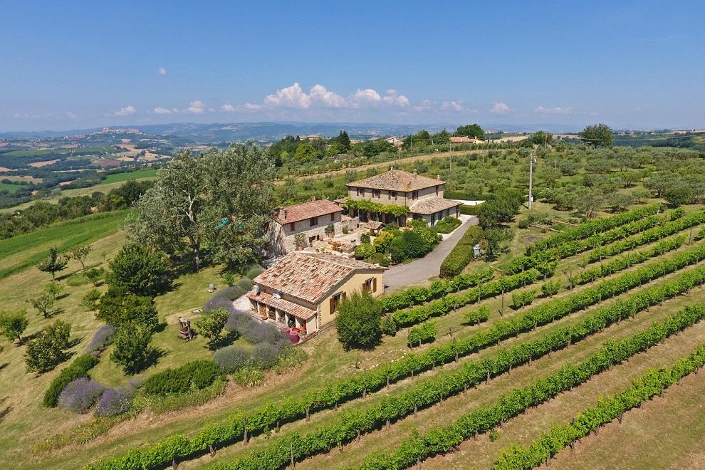 """""""Il Paradiso Su Todi"""": realizzare un sogno con le Visite Virtuali di Great Estate"""