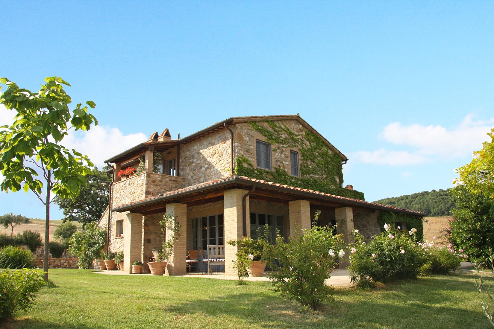 vendesi-rustico-casale-in-toscana-siena-san-casciano-dei-bagni-15278575048319