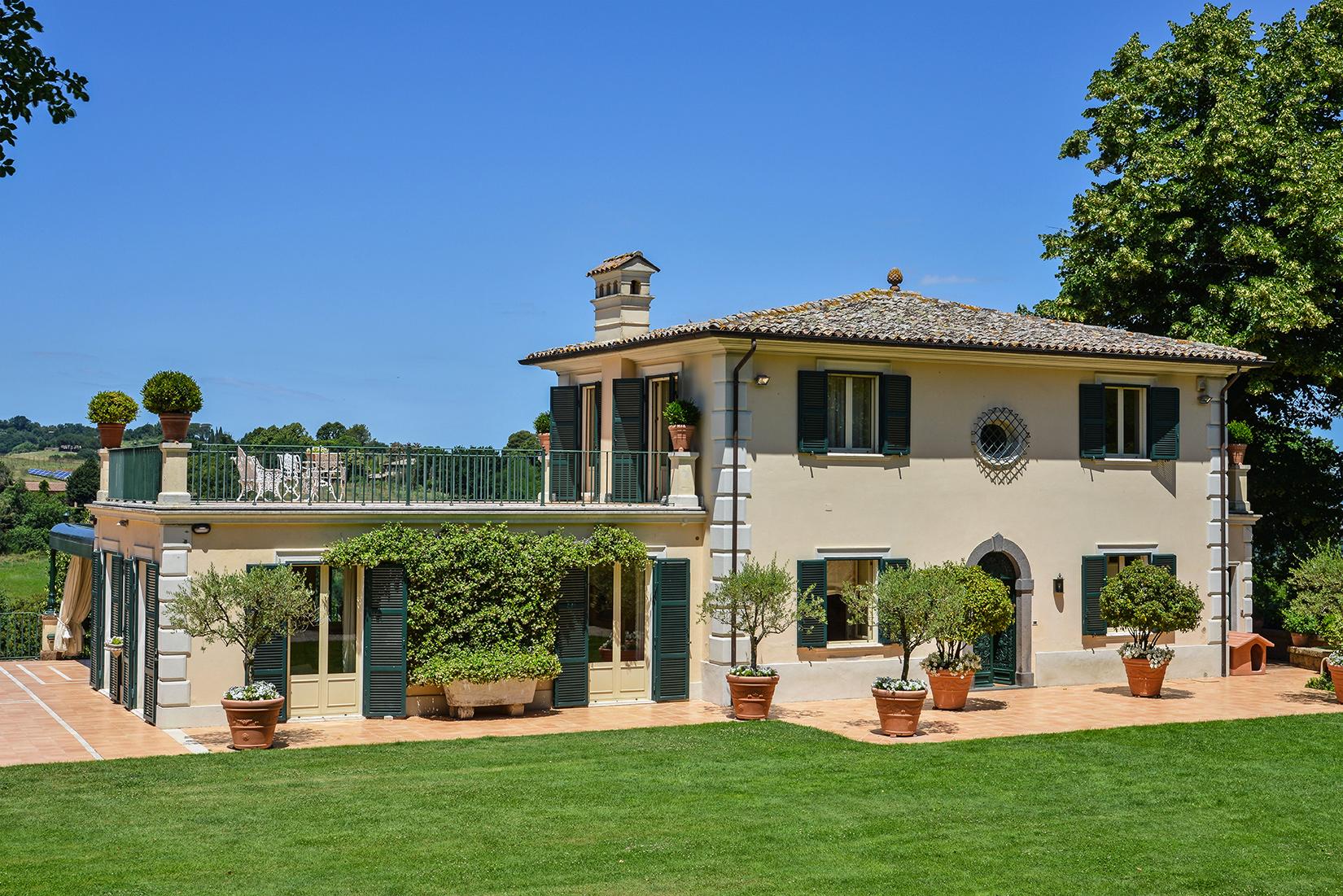 Questa immagine ha l'attributo alt vuoto; il nome del file è vendesi-villa-di-prestigio-in-umbria-terni-orvieto-14849191793671.jpg