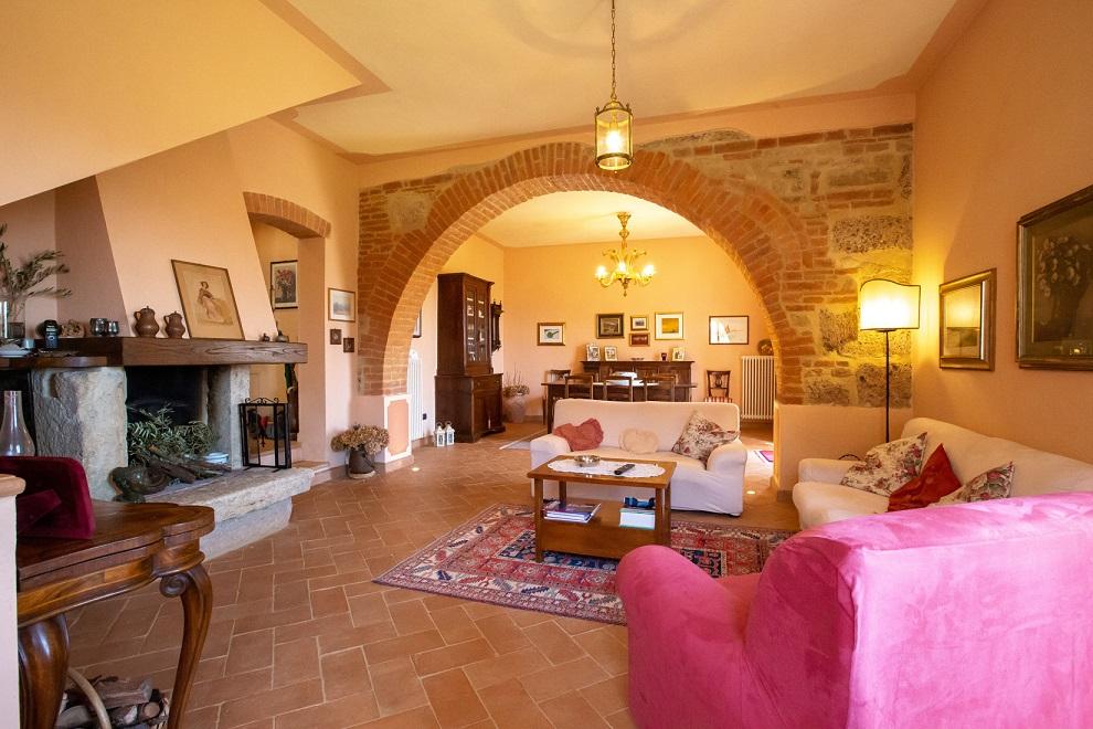 vendesi-rustico-casale-in-toscana-siena-chiusi-15593180219063