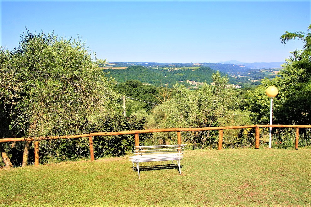 vendesi-rustico-casale-in-umbria-terni-baschi-14818211764794-1