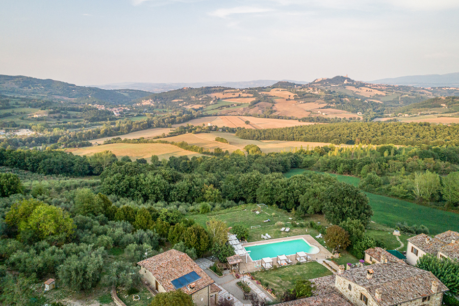 Desire to live in Umbria: Great Estate sales analysis